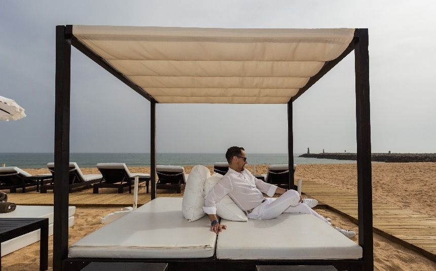 So_relaxing_-_Purobeach_Vilamoura.jpg