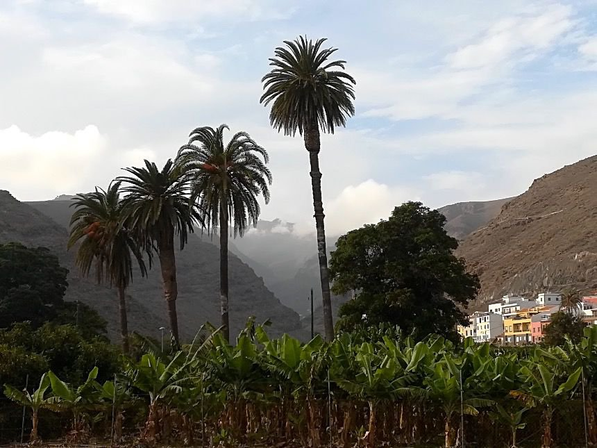 Gomera_Mountains2.jpg